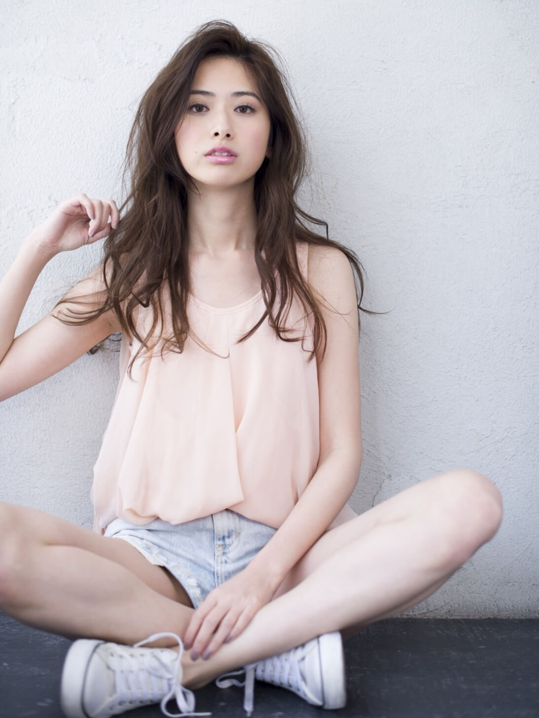 勝間 亮平<span>/ HAIR AND MAKEUP</span>